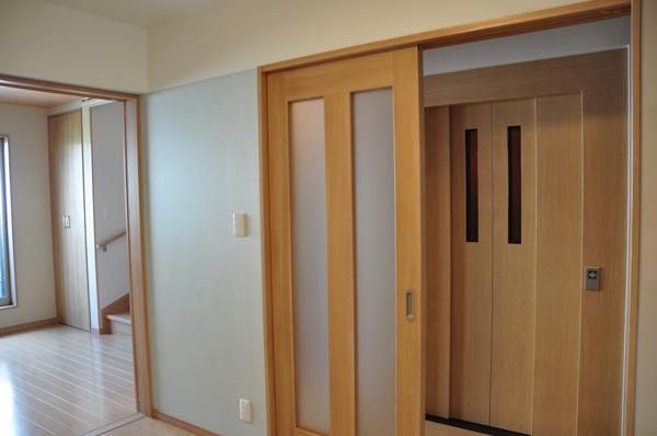 高槻 工務店 リフォーム・建替え・浮田工務店エレベーター写真3