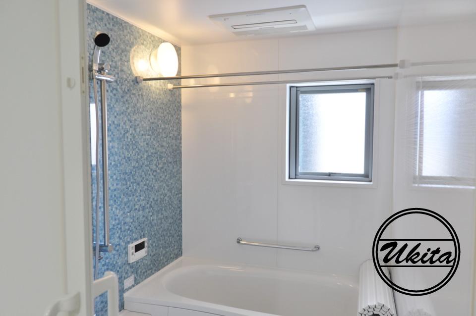 高槻市 工務店 新築・建替え・ガルバリウムのかっこいい家階段部分のお風呂