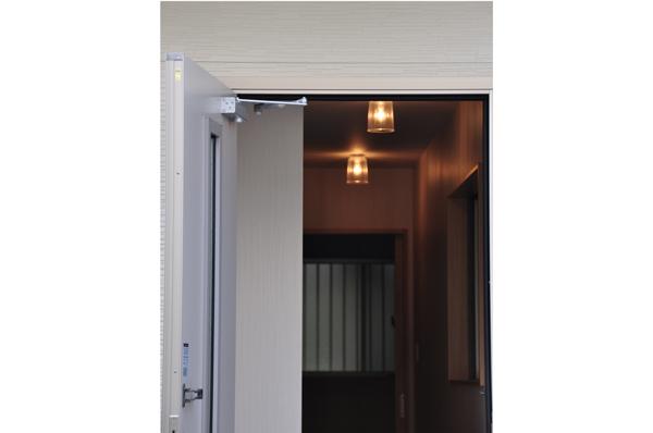 高槻 工務店 リフォーム・建替え・浮田工務店エレベーター写真1