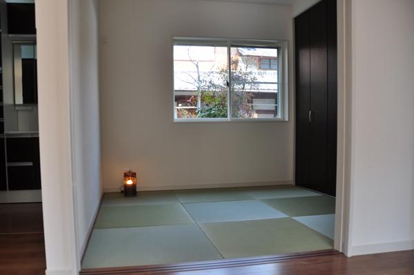 高槻 工務店 新築・建替え・石橋邸リビング横の和室