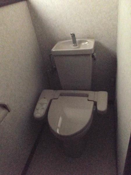 高槻 工務店 ・トイレのリフォーム前
